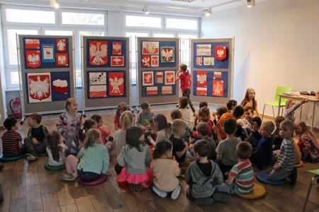 Wystawa pokonkursowa Międzyprzedszkolnego Konkursu Plastycznego