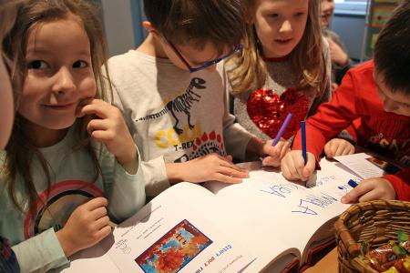 Wystawa prac plastycznych dzieci z Przedszkola nr 9 w Lublinie