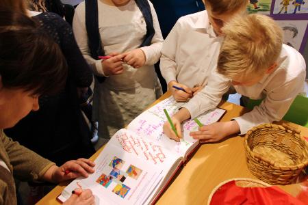 Wystawa prac plastycznych uczniów Szkoły Podstawowej nr 31 w Lublinie
