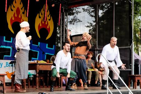 Kulturalny plener w dzielnicy Dziesiąta